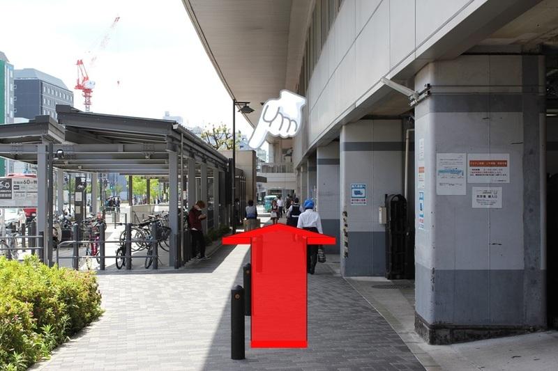 京都駅八条口への通路